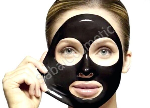 Очищение кожи лица с помощью ватного диска